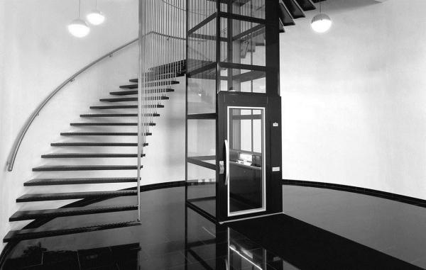 小型螺杆式家用电梯